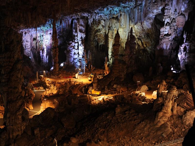 Works in progress inside the Grotte