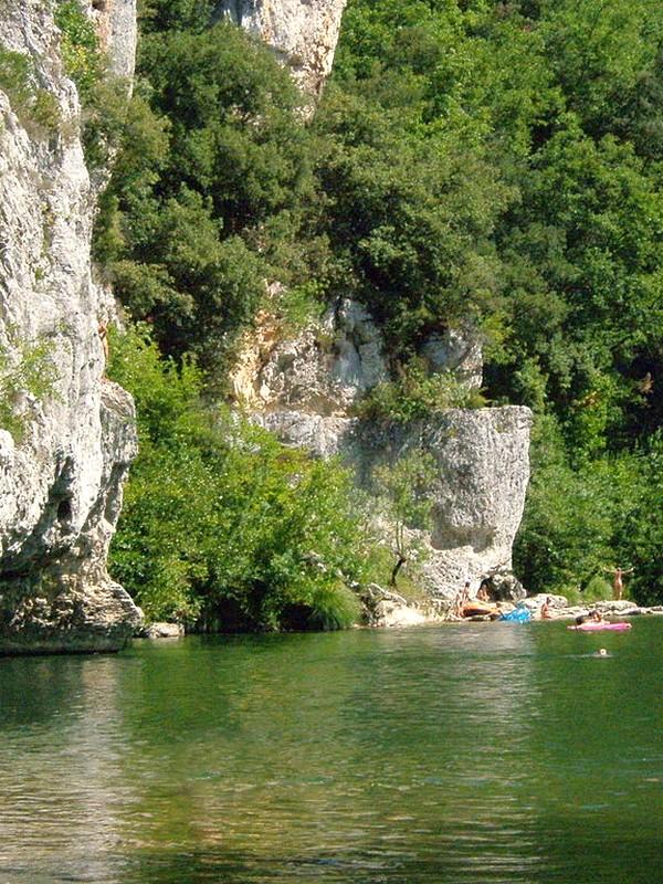 The wild Gorges de la Cèze, next to the Grotte