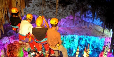 The Grand Rappel - Discovering the Grotte from the ceiling