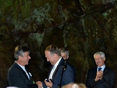 Le Préfet du Gard Didier Martin remet la Médaille d'Or du Tourisme à Daniel Lelièvre